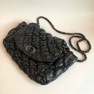 Quilted faux leather purse with chain